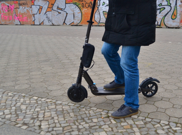 Elektro-Roller/E-Scooter - Credits: DVW