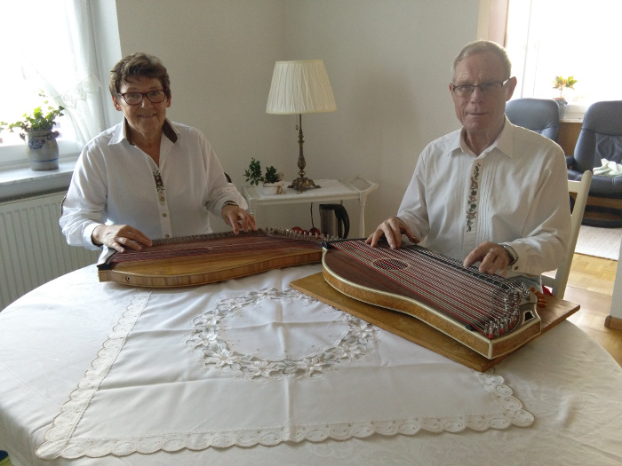 Mit Zither